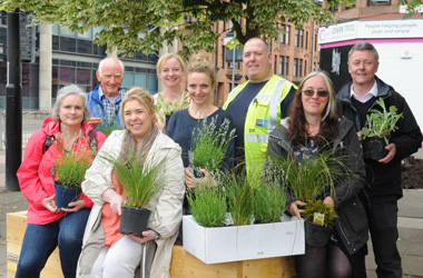 group involved in Clean Air Day planting project in Rutherglen