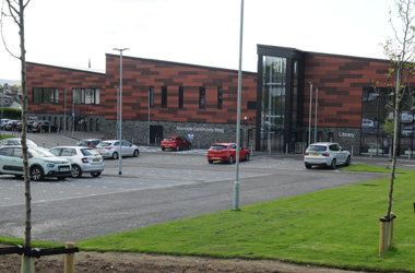 new Strathaven Primary School incorporating community wing and library