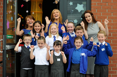 Former Udston Primary School pupil Jackie Bird has opened the schools brand new library