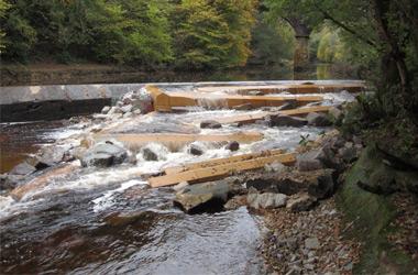 Avon Barriers project - Ferniegair Weir near Hamilton