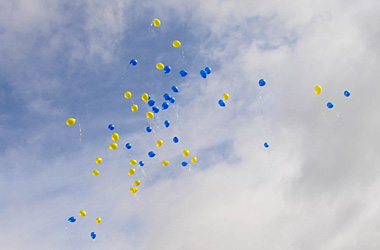 balloons released into air